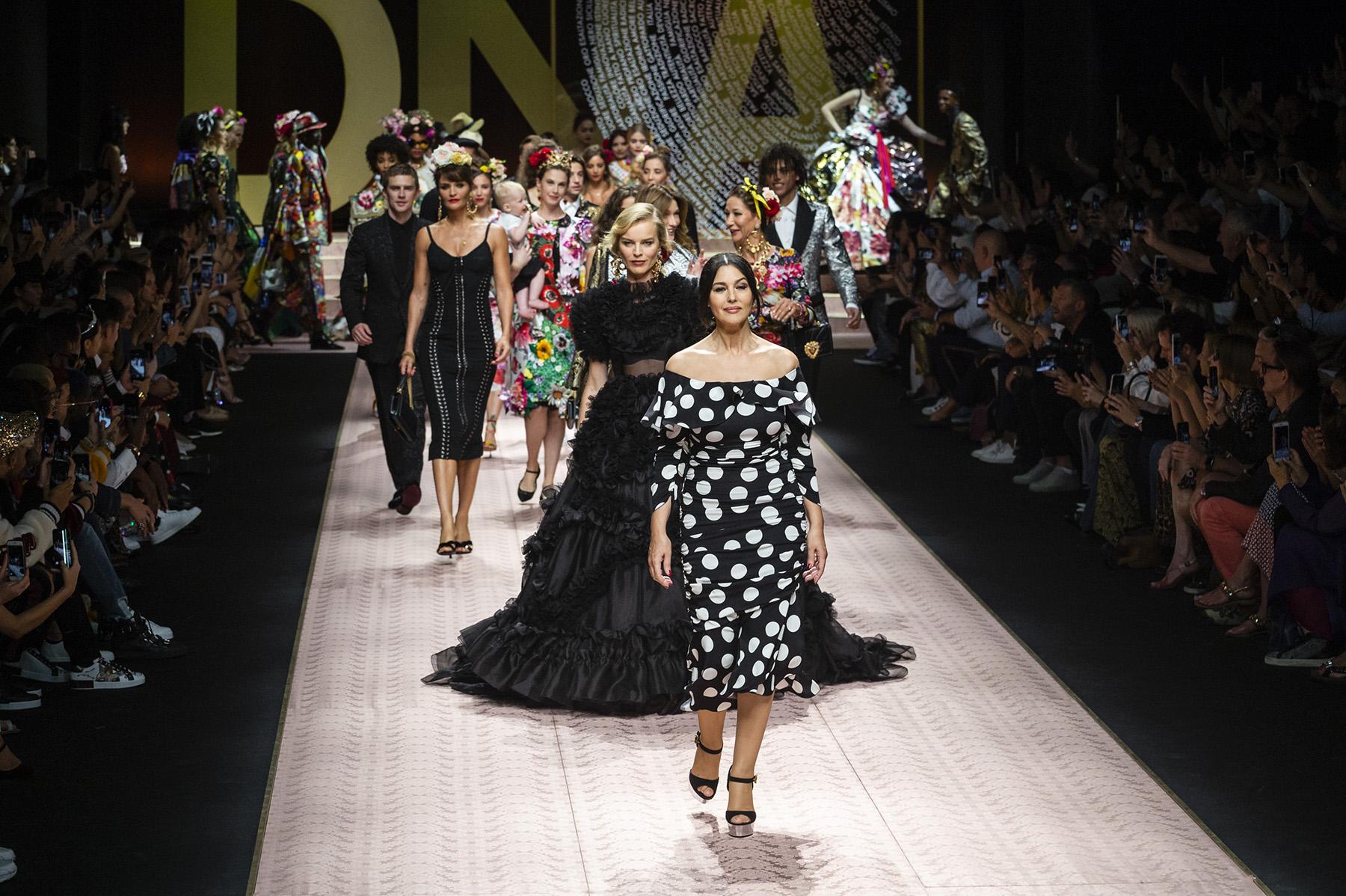 9737475a0 As coleções da próxima Primavera – Verão já estão sendo desfiladas na  Europa Fonte  Vogue Italia
