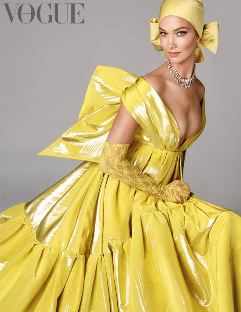 Karlie Kloss posando para edição da revista Vogue