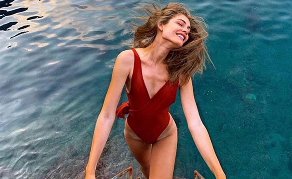 Ensaio com a modelo brasileira Valentina Sampaio