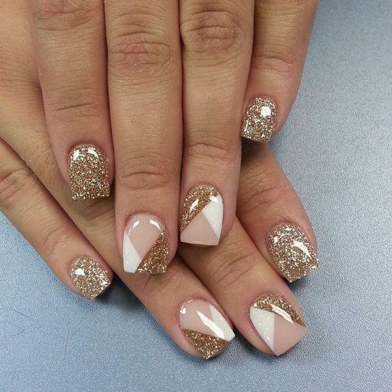 Truques para decorar as unhas em casa