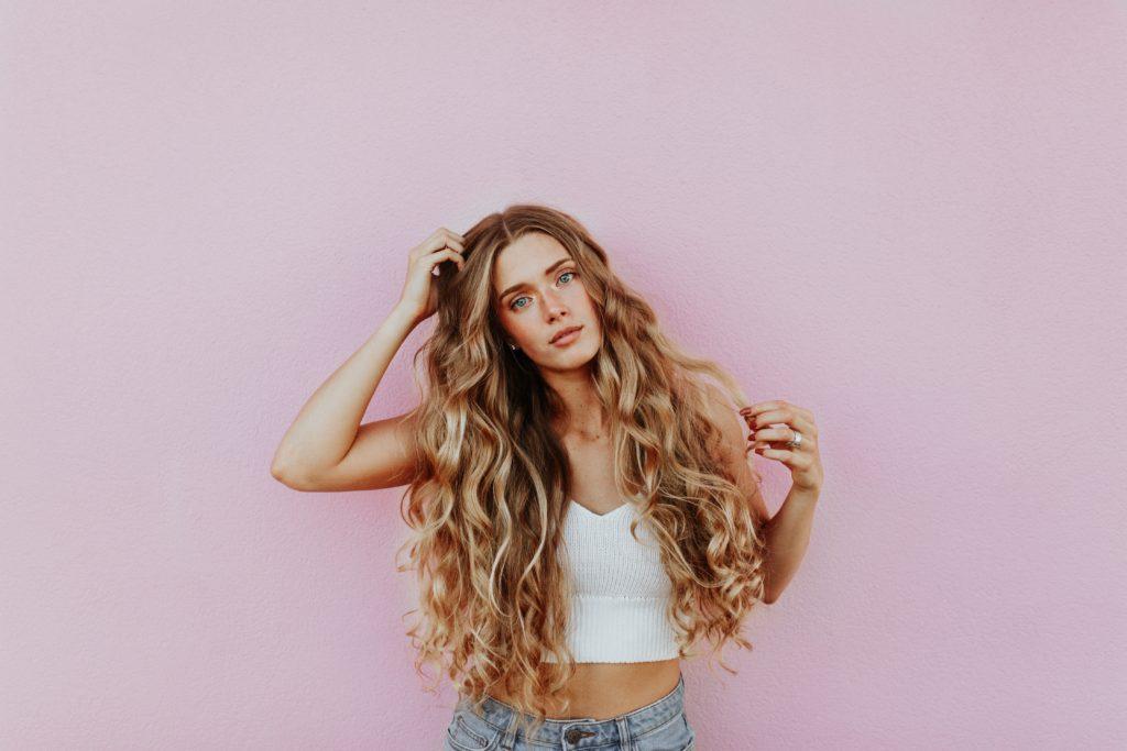 Para o cabelo crescer rápido é melhor não passar por processos químicos