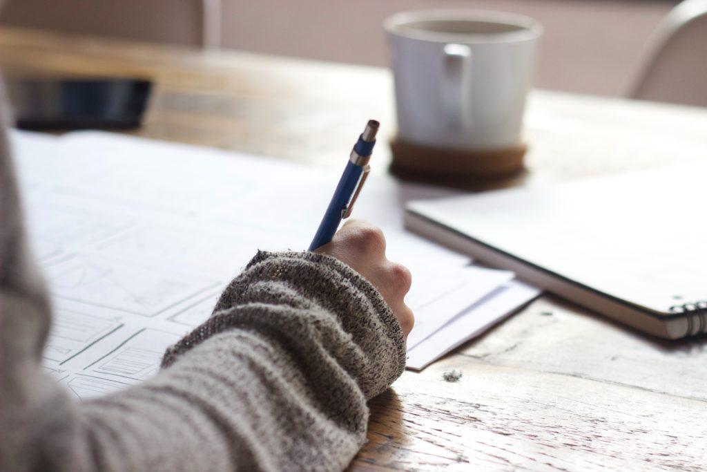 Bolsas de estudo no exterior : o que você precisa saber