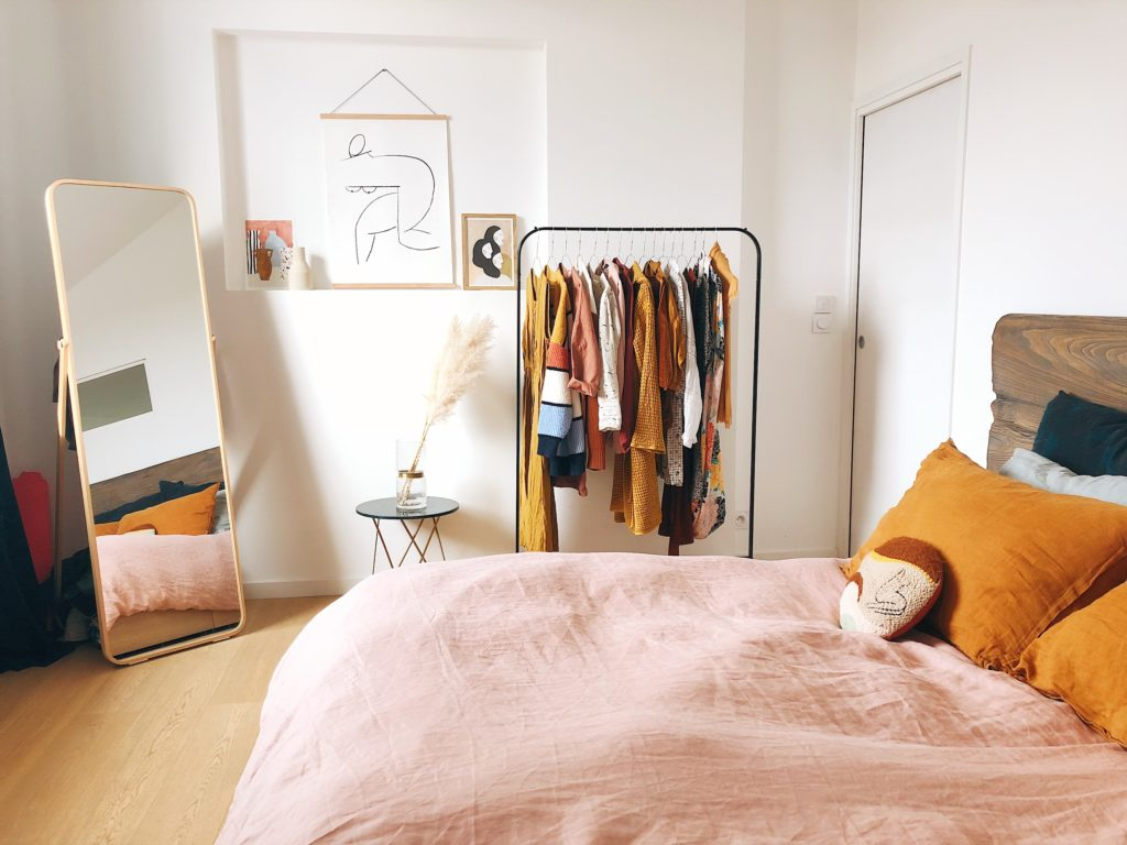 Um estilo de vida minimalista pede uma limpeza de tudo que você não utiliza