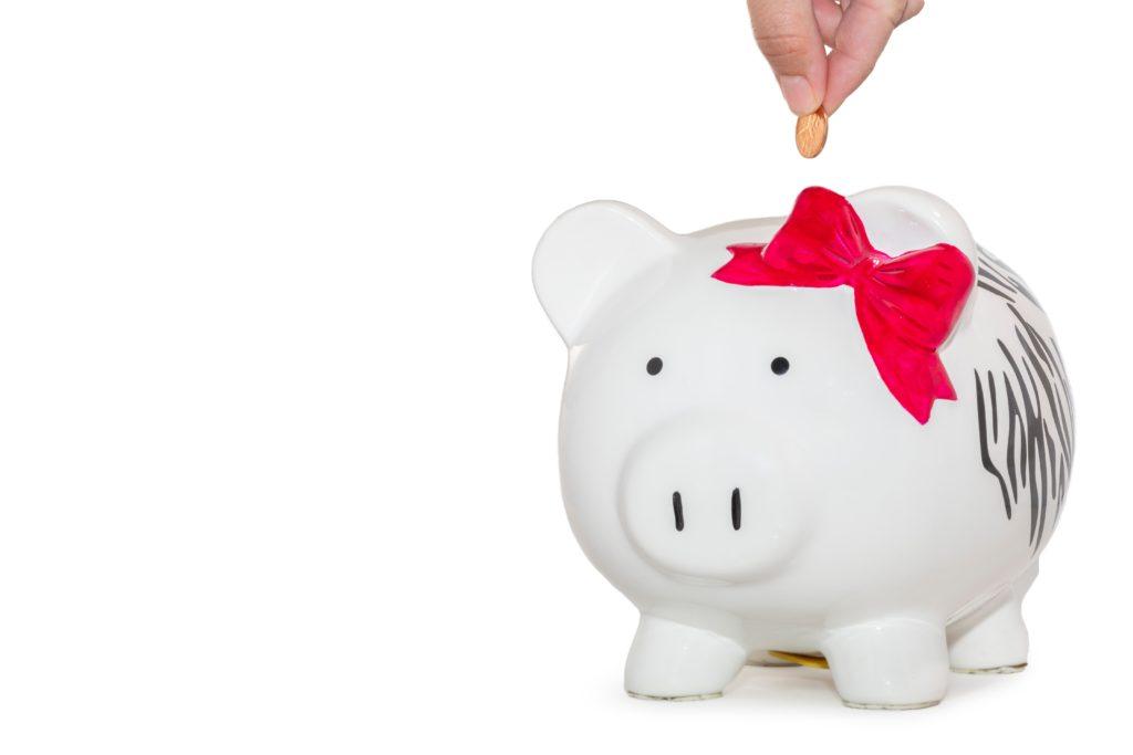 uma das melhores dicas para economizar dinheiro no dia a dia é ter uma reserva de emergência