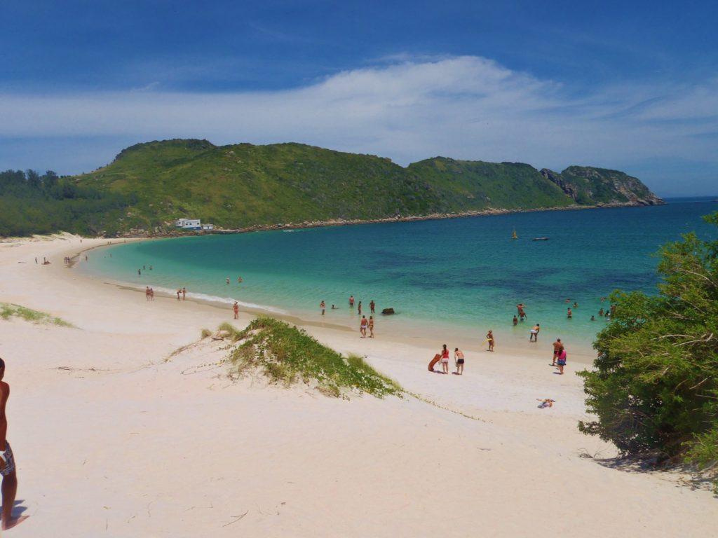 Arraial do Cabo é um dos lugares para passar as férias no Rio de Janeiro