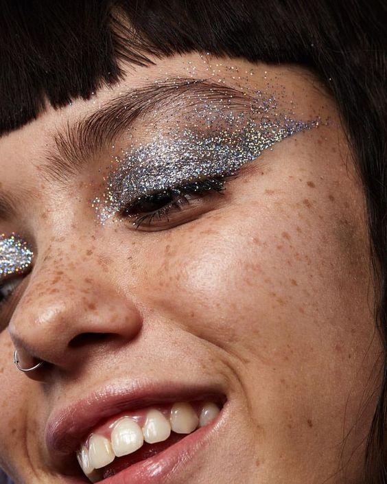 Maquiagem para festas de fim de ano