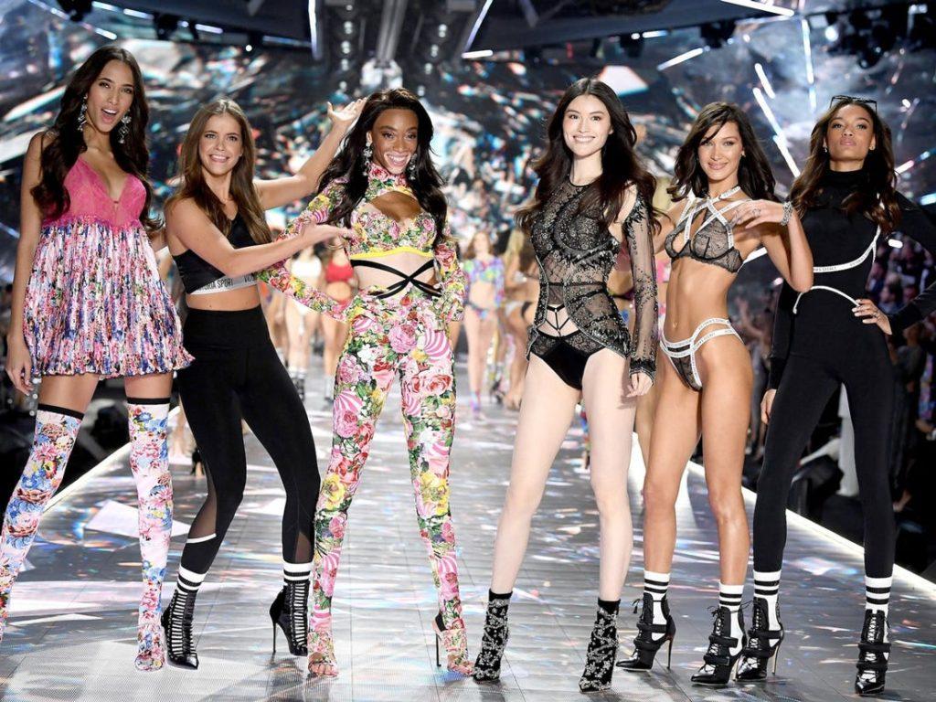 Para descobrir o que aconteceu com o Victorias Secret Fashion Show vemos o histórico da grife