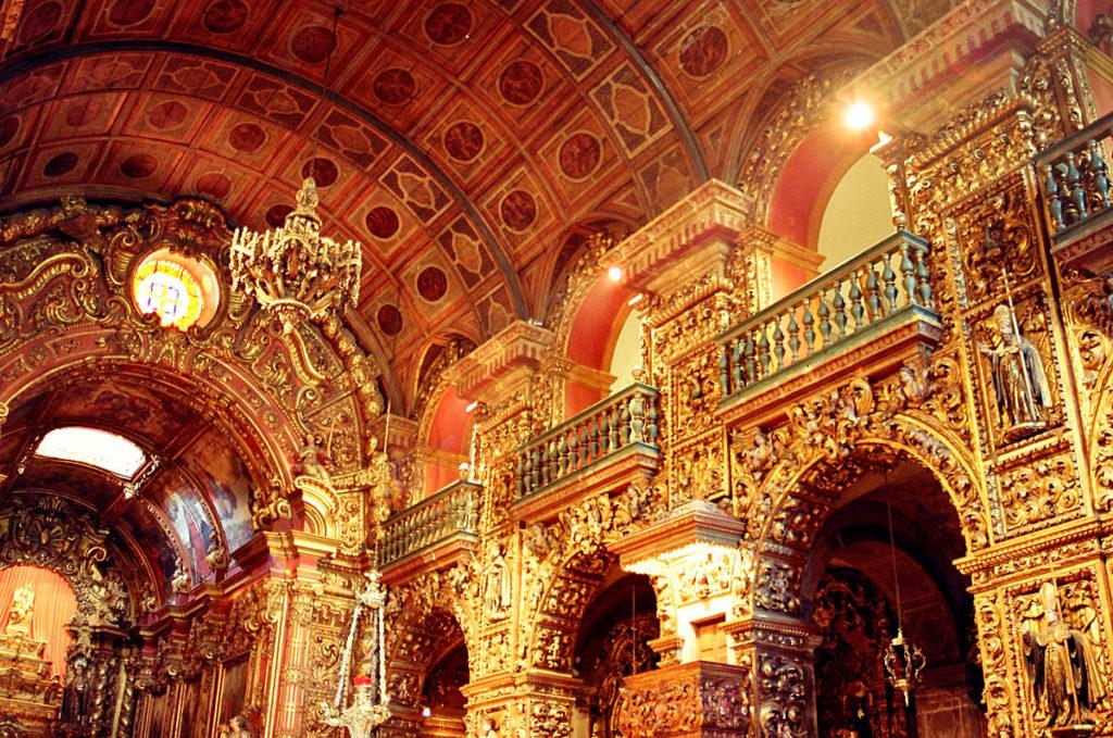O Mosteiro de São Bento é um passeio cultural gratuito no Rio