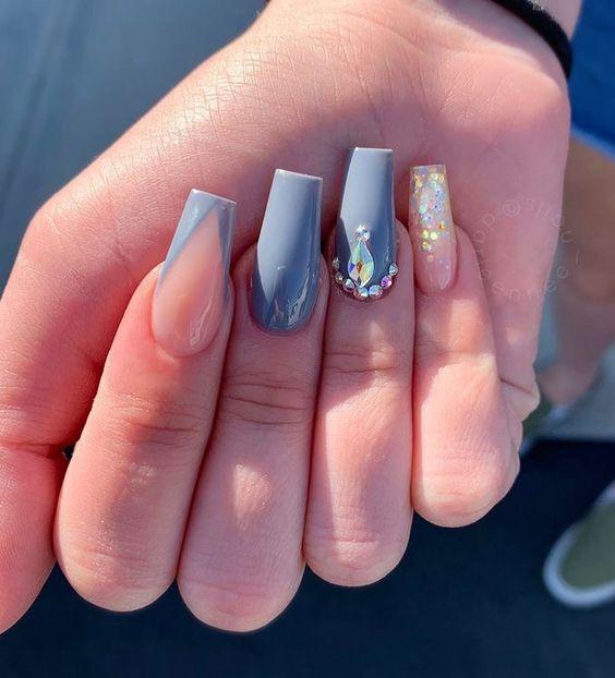 Essas unhas ainda têm aparência natural