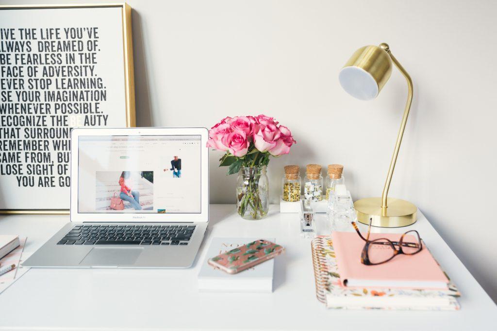 O funciona melhor home office em um ambiente organizado